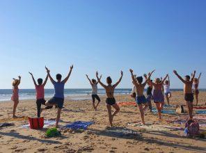 Mon premier cours de yoga sur la plage